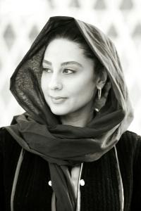 Naghmeh Kiumarsi Bio